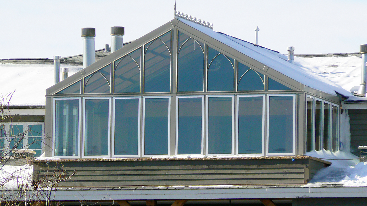 Straight eave double pitch Sunroom with one gable end