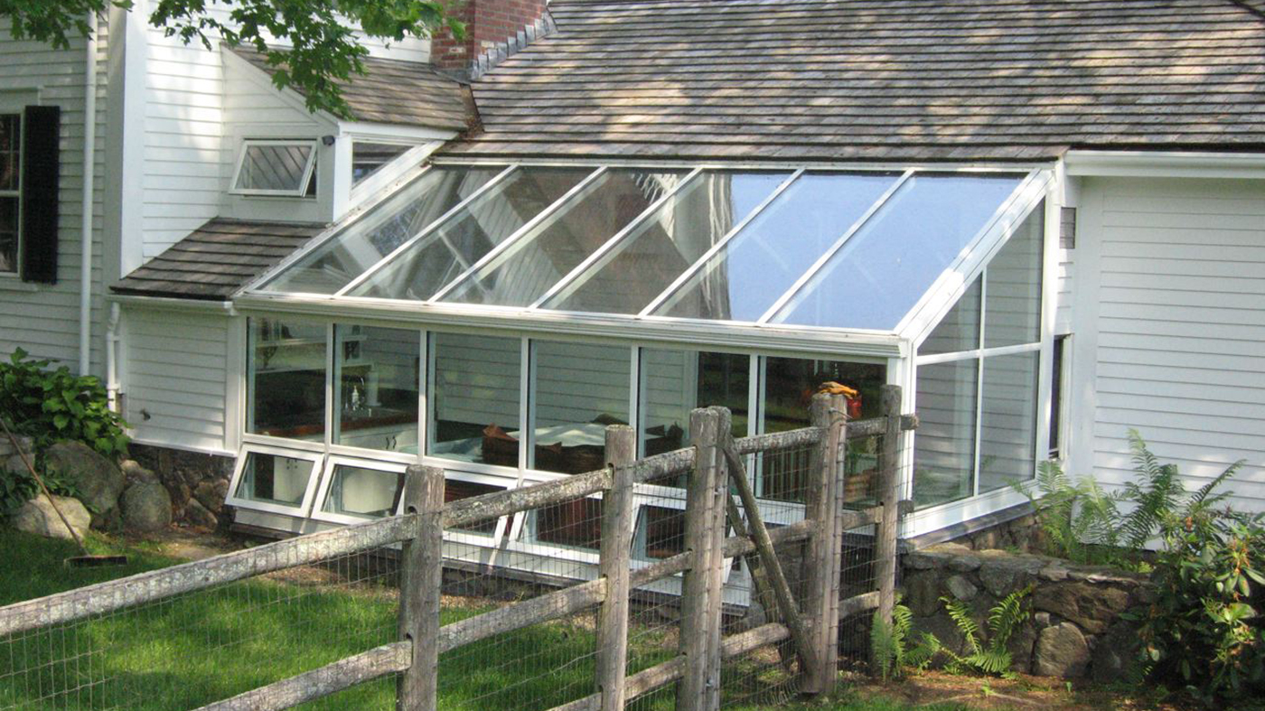 Straight eave lean-to sunroomv