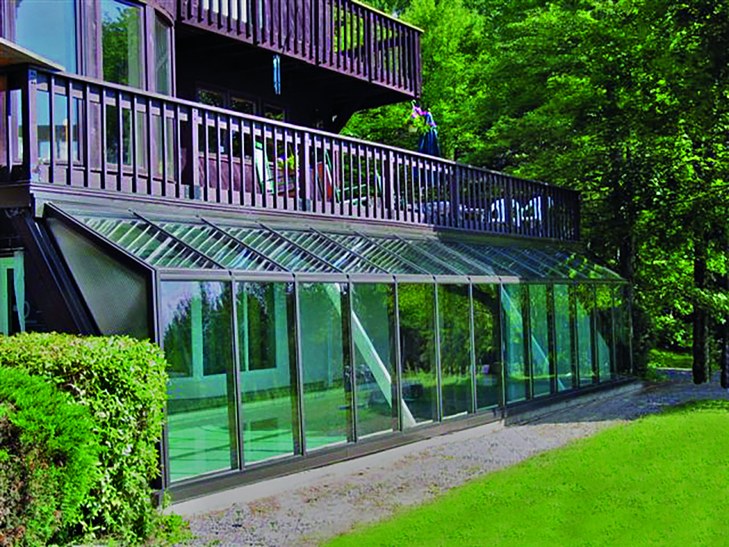 Straight eave lean-to conservatory.