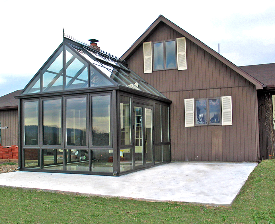 Straight eave double pitch conservatory.