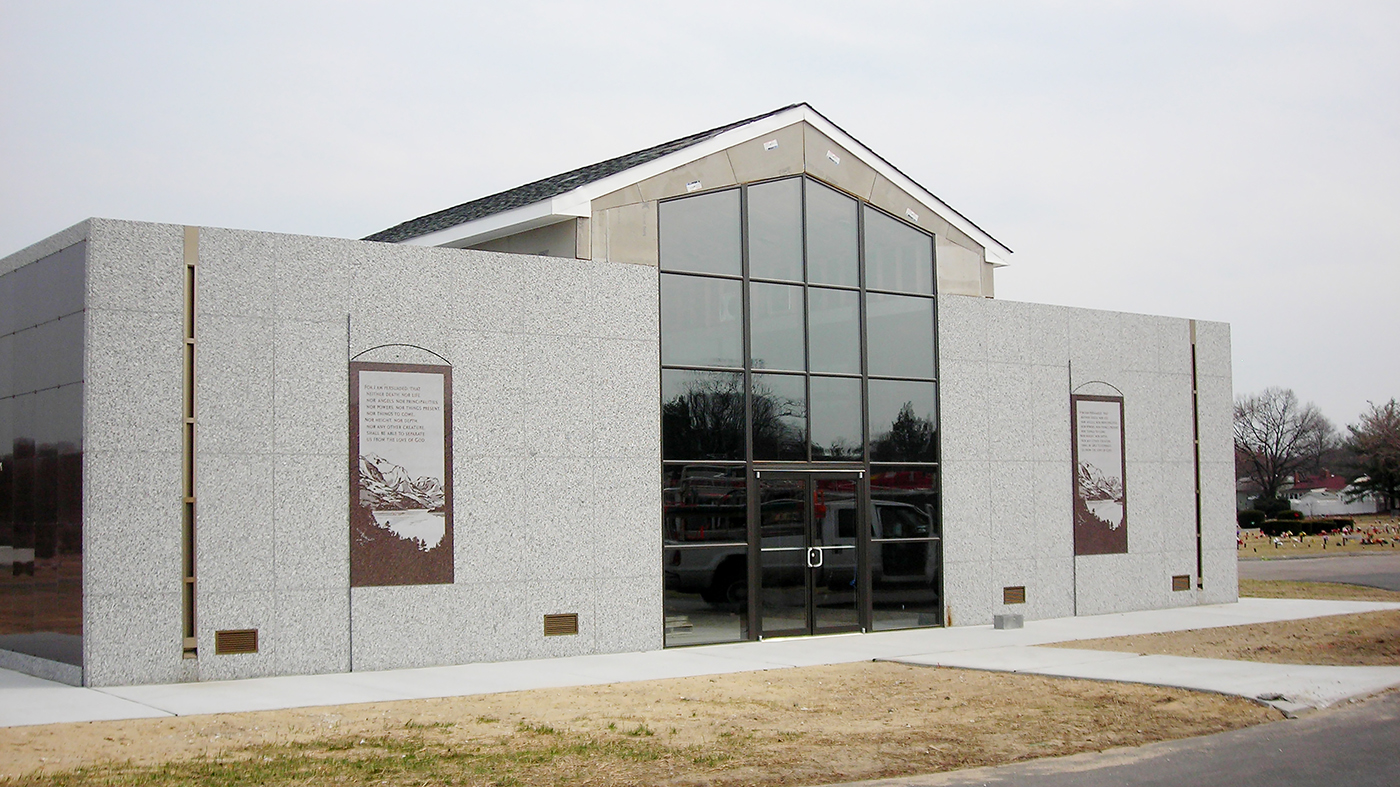 Four curtain wall systems including two with integrated narrow stile doors.