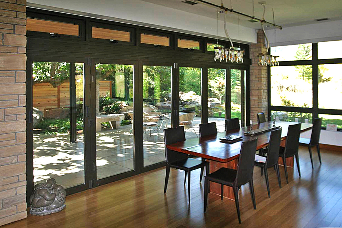 Bifold doors/folding glass wall and curtain wall with awning vent windows