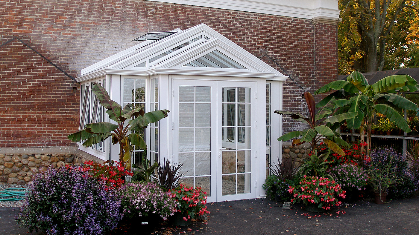 Greenhouse entryway
