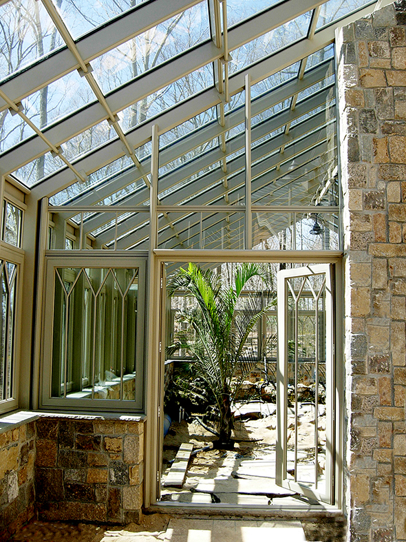 Straight eave double pitch greenhouse with partial lean to extension