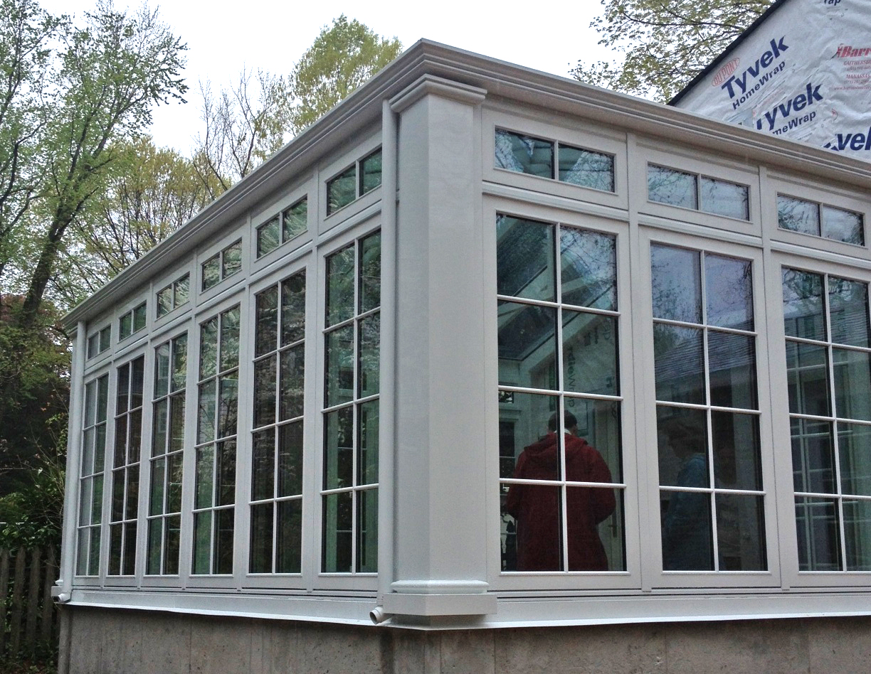 Straight eave double pitch pool enclosure.