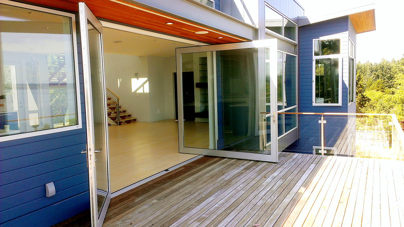 Pivot and terrace door