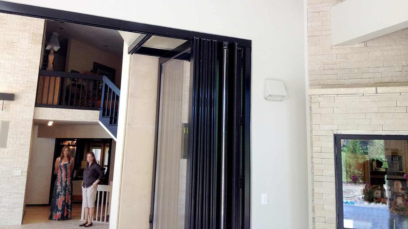 Slide and stack door