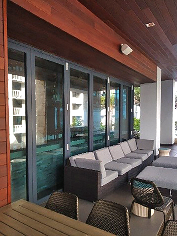 Bifold door.folding glass wall.