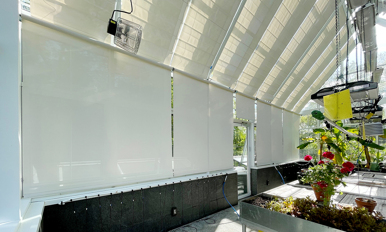 Straight eave double pitch Greenhouse with Link 4 Environmental Control System