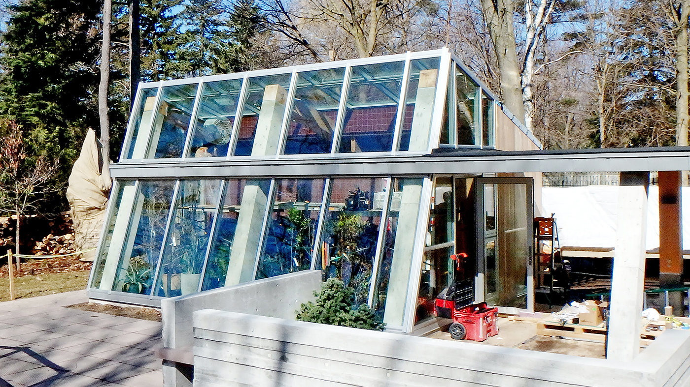 Straight eave lean-to contemporary greenhouse