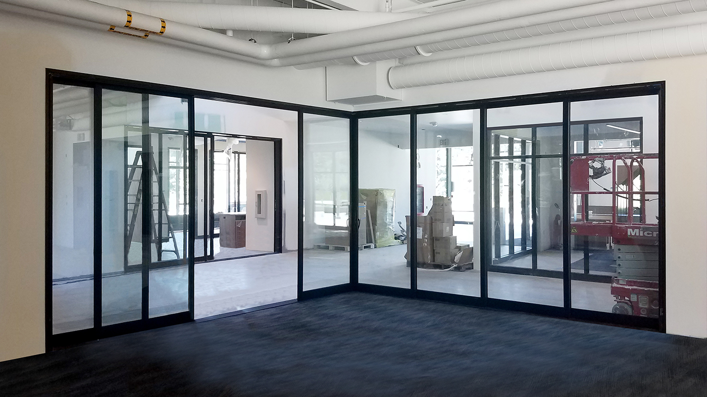Multitrack sliding glass door