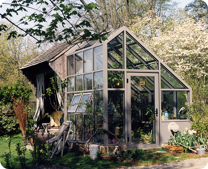 Irregular Residential Greenhouse
