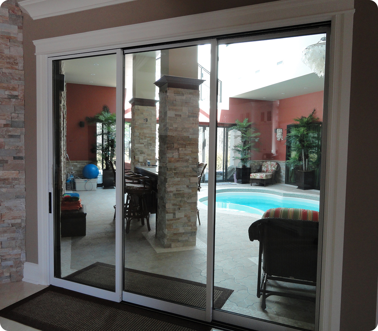 Sliding patio doors mobile home sliding patio doors for Backyard sliding door